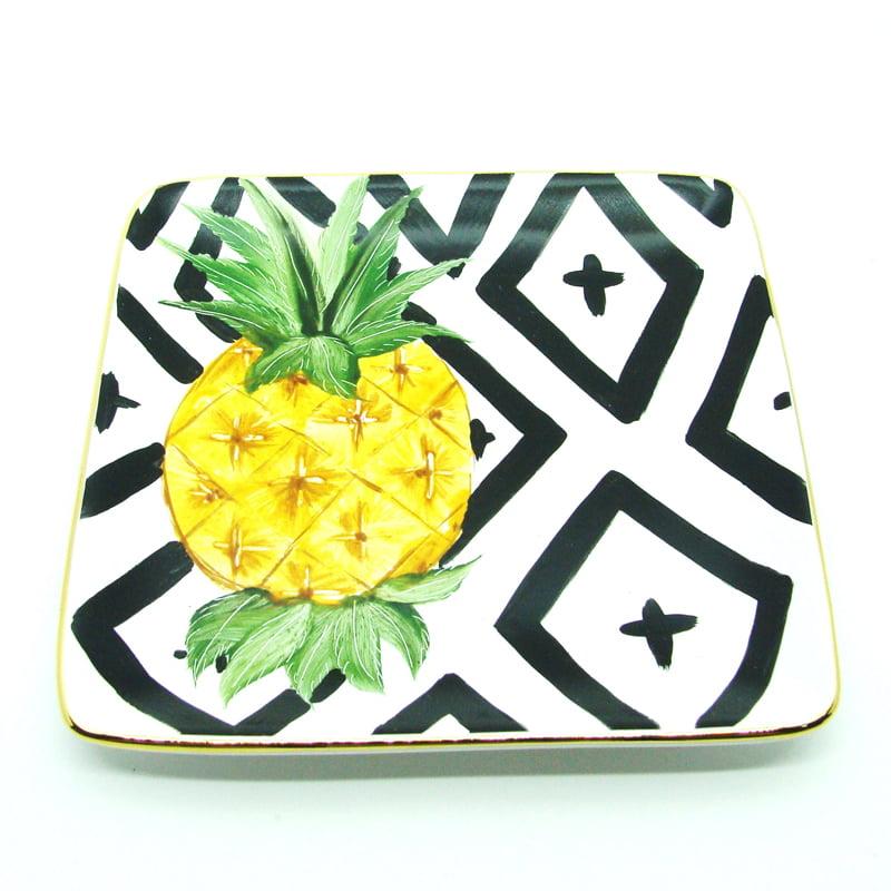 Mini pratinho de cerâmica com pintura de abacaxi