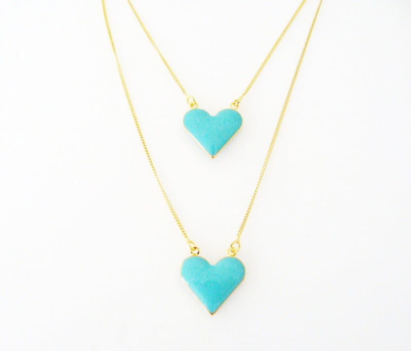 Colar semi-jóia escapulário corações azuis