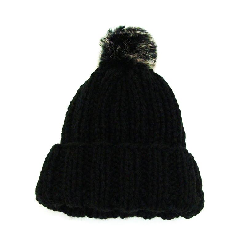 Gorro de lã preta com pompom