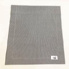 Trilho de mesa grande listrado preto e branco coleção Cherry